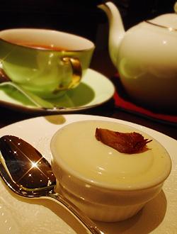プチデザート&紅茶