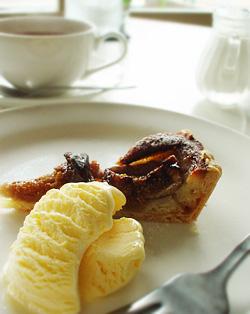 食後の紅茶&ケーキ