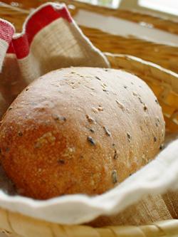 アツアツふっかふかのパン