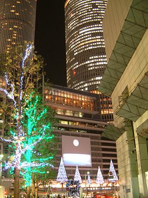 ミッドランドスクエアの街路樹のイルミネーション