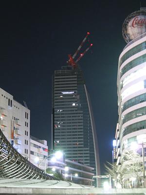 深夜のルーセントタワー