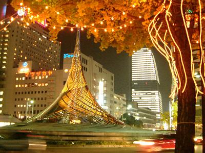 名古屋ルーセントタワー