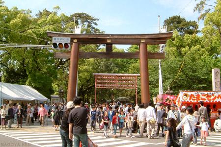 豊国神社の入り口