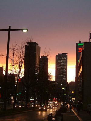 雨上がり、桜橋からの夕焼け