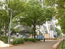 名古屋テレビ塔 下では工事中