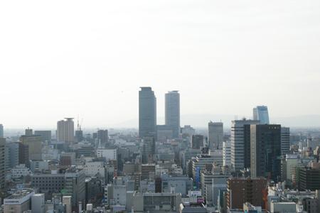 スカイデッキから見る名古屋駅の高層ビル