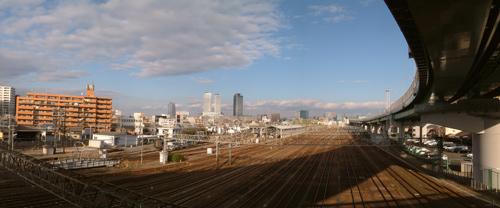 黄金の陸橋から眺める現在の名古屋駅