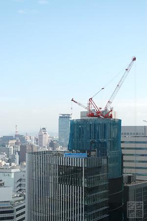 名古屋ビルディングのタワークレーン